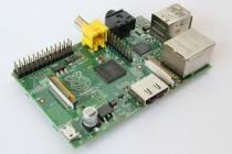 Programmers /dev boards - Raspberry Pi Type B 512MB